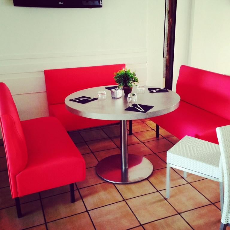 r fection banquettes de bars pubs restaurants d coupe mousse d coration marseille store. Black Bedroom Furniture Sets. Home Design Ideas