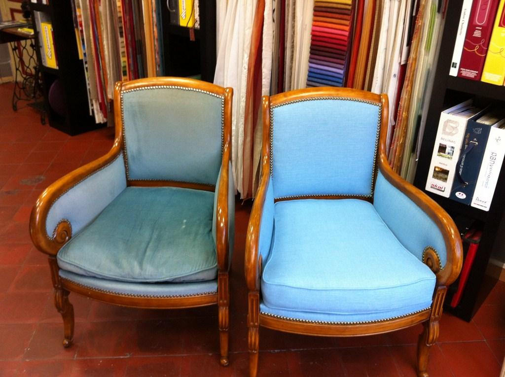 fauteuils de styles d coupe mousse d coration marseille store sur mesure 13 valent 39 mousse. Black Bedroom Furniture Sets. Home Design Ideas